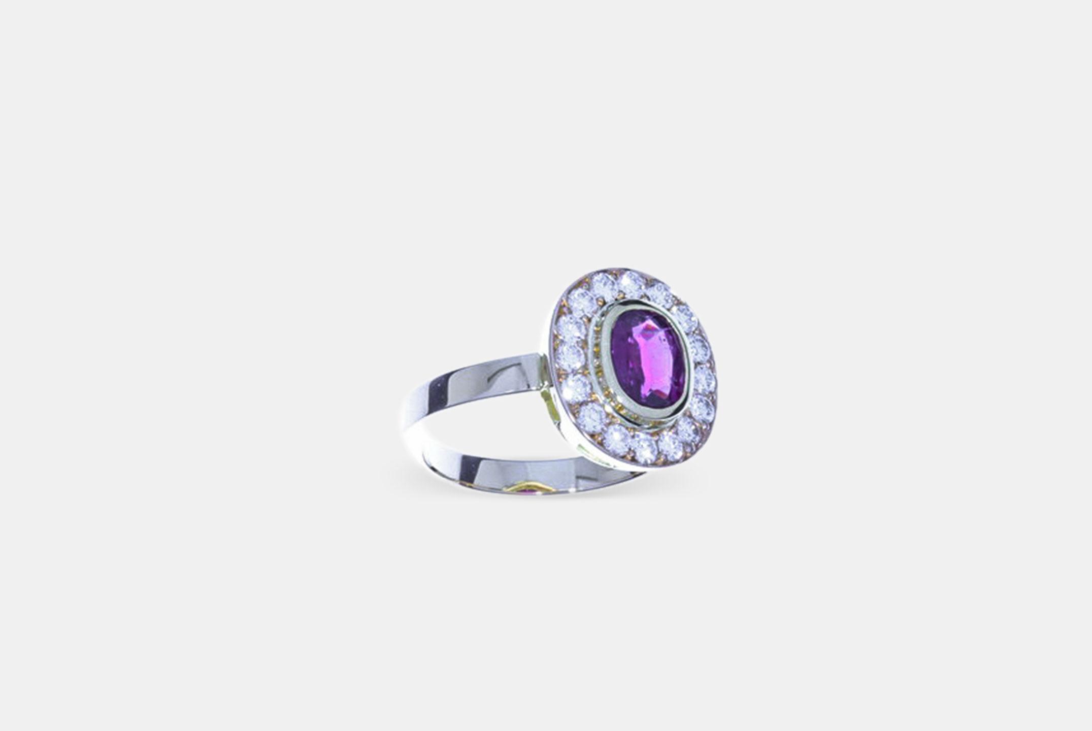 Rubin Ring Brillanten