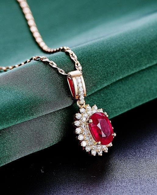 Pflege Reinigung Schmuck Diamanten Brillanten